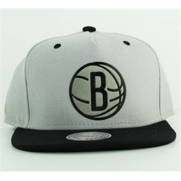 Mitchell & Ness Brooklyn Nets Team Sonic Snapback
